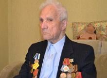 Сейчас Сергею Михайловичу идет 101-й год, но его память хранит и колонны пленных немцев в Сталинграде, и сталкивающиеся друг с другом в яростной атаке танки на поле боя под Прохоровкой, и стремительный разгром Квантунской армии в Маньчжурии
