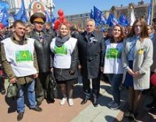 Председатель Российского Союза ветеранов генерал армии Михаил Алексеевич Моисеев участвовал в первомайском шествии в Хабаровске