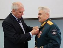 80-летие генерал-лейтенанта Инякова Артура Фёдоровича отметили в Российском Союзе ветеранов