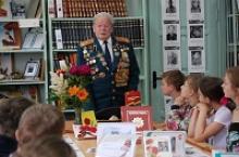 Ветеран Великой Отечественной войны Василий Михайлович Онищук и в 90 лет активно участвует в  историческом просвещении и нравственно-патриотическом воспитании молодёжи