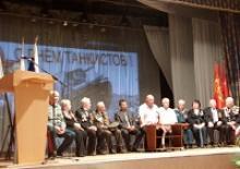 День танкиста отметили калининградцы в Доме офицеров флота