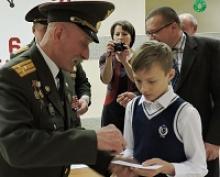 Члены Вологодского регионального отделения Российского  Союза ветеранов участвовали в церемонии принятия в ряды юнармейцев учащихся  средней школы поселка Вожега
