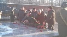 В Ижевске в День воинской славы возложили венки к Вечному огню