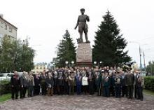 Члены Томского регионального отделения Российского Союза ветеранов, ветераны войны и военной службы были приглашены губернатором области на торжественный приём ко Дню гвардии и окончанию Второй мировой войны