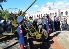 Ярославль: открыт памятник в честь подвига ярославских зенитчиц