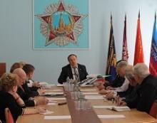 В  Российском  комитете  ветеранов  состоялось  заседание  общественной  комиссии  по  увековечению  памяти  защитников  Отечества
