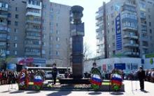 В Вологде прошла торжественная церемония возложения цветов к памятнику вологжанина, дважды Героя Советского Союза Ивана Степановича Конева